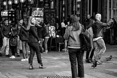 Covent Pose (Foto John) Tags: leica leicasl leicasl601 leicasltyp601 mirrorless leicaapovarioelmaritsl90280mmf284 monochrome street streetphotography people blackwhite blackandwhite blackandwhitethatsright woman women men coventgarden london uk beautiful