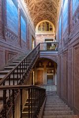 KV9A2702-HDR-1-2_DxO (wernkro) Tags: palazzodil lostplace urbexen treppe palazzo krokor hdr architektur