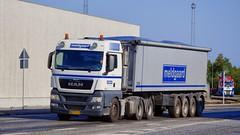 AH79644 (16.09.12, Østhavnsvej, Oliehavnsvej)DSC_3080_Balancer (Lav Ulv) Tags: 213397 man meldgaard mantgx 28480 e5 euro5 white 6x22 2013 afmeldt2017 retiredin2017 abgemeldet2017 bulktipper amttrailer østhavnsvej portofaarhus truck truckphoto truckspotter traffic trafik verkehr cabover street road strasse vej commercialvehicles erhvervskøretøjer danmark denmark dänemark danishhauliers danskefirmaer danskevognmænd vehicle køretøj aarhus lkw lastbil lastvogn camion vehicule coe danemark danimarca lorry autocarra danoise vrachtwagen trækker hauler zugmaschine tractorunit tractor artic articulated semi sattelzug auflieger trailer sattelschlepper vogntog oplegger sættevogn