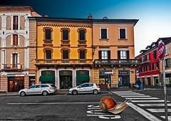 Stop (Marco Trovò) Tags: marcotrovò hdr canoneos5d casteggio pavia italia italy city città strada street edificio building piazzacavour architettura architecture