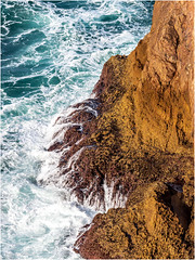 Looking down from the most south-western point of Europe (Cabo Sao Vincente / Cape Saint Vincent) (Luc V. de Zeeuw) Tags: cabosaovincente capesaintvincent cliff water sagres algarve portugal