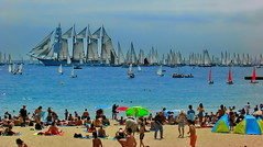 Busy sea, crowded beach (gerard eder) Tags: world travel reise viajes europa europe españa spain spanien barcelona beach boats boote barcas ships strand beachlife sea seascape sailing yacht yachtingclub yachting mediterraneo mediterranean mediterraneansea meer paisajes panorama playa outdoor