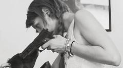 You're talking to me (BenoitGEETS-Photography) Tags: manon d610 tamron 2470 nikon bn bw nb noiretblanc pistolet gun gurlzwithguns p355 weapon youretalkingtome cestàmoiquetuparle nikonpassion mons