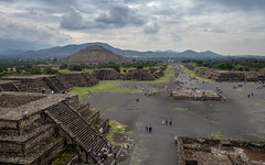 Teotihuacan #2. (de.bu) Tags: teotihuacan tempel mexico mzuiko12100f4 mexiko mittelamerika mexicodf exploring centralamerica landscape landschaft lateinamerika latinamerica ruinen ruins pyramide pyramidedelsol pirámidedelaluna olympus omd architecture architektur hdr highdynamicrange