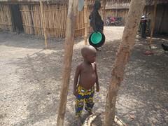 Aldea Holi. Benín (escandio) Tags: ninio tribu holi benin2018 benin 2018 benín
