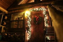 Christmas in Cabins (janefenya1313) Tags: lighting light nightphotography lightphotography nighttime night structure cozy christmas architecture cabin