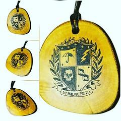 Umbrella Academy Coat of Arms Crest Engraved Wooden Necklace #UmbrellaAcademy Retrosheep.com (RetrosheepCharms) Tags: retrosheep handmade gifts deals giftideas