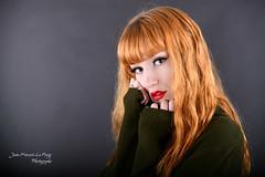 LEO_0090 (jeanfrancoislaforge) Tags: leona leonamoon nikon d850 studio redhead ginger beauty portrait elinchrom iso64 rousse visage headshot lips lèvres green vert blackbackground beauté
