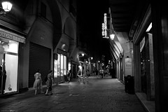 Voyage en Italie 2018   0873 (Distagon12) Tags: italy italia italie sonya7rii summilux street streetphoto strada rue night nuit nightphoto nacht notte noche wideaperture bologna bologne