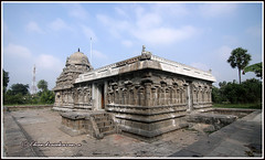 8418 - Koozhammandal   temple  -கூழம் பந்தல்  சோழர்  கோயில் (chandrasekaran a 59 lakhs views Thanks to all.) Tags: koozhammandal chola temple kanchipuram tamilnadu india archaeologicalsurveyofindia architecture scuptures isanasivapanditha rajendrachola ஜகன்னாதீசுவரர் கோயில் கங்கைகொண்ட சோழீச்வரம்