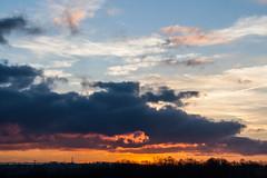 Sunset / @ 55 mm / 2019-02-22 (astrofreak81) Tags: explore clouds shadow schatten sunset sun wolken sonnenuntergang sonne sky himmel heaven light dawn orangesky orange dresden 20190222 astrofreak81 sylviomüller sylvio müller