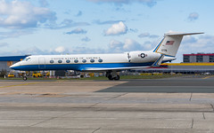 USAA_C37B_04-1778_BRU_MAR2019 (Yannick VP - thank you for 1Mio views supporters!!) Tags: military governmental vip passenger pax transport aircraft airplane aeroplane jet jetliner bizjet govjet unitedstatesofamerica usa us army aviation usaa priorityairtransport pat gulfstream g550 gv gvsp c37 c37b 041778 valleyforge airside taxi taxiway j twy brussels airport bru ebbr belgium be europe eu march 2019 photograhpy planespotting airplanespotting