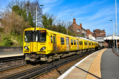 508139 - Birkenhead Central - 22/02/19. (TRphotography04) Tags: merseyrail 508139 arrives birkenhead central with 2c22 chester via liverpool
