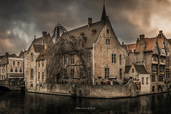 Bruges 2019 (EBoss Fotografie) Tags: brugge bruges belgie belgium europe belfort travel city building texture water colors canon twop soe supershot clouds old architecture painting art dark tower