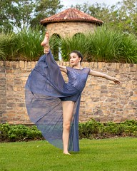 Be flexible! @jordana_spitzer #dancer #dance #dancephotography #dancesession #dancerslife #dancephotographer #dancephotos #dancing #dancersofinstagram #parkland #prizmaphoto (prizmaphoto) Tags: dancer dance dances life pictures photography photos pics ideas dancers prizmaphoto