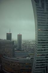 Curved Skycraper (ckilger) Tags: summiluxm11435asph leicam10 warschau marriott intercontinentalhotel hochhaus hochhäuser verkehrsstau büros lichter bewölkterhimmel bedeckt farbe color