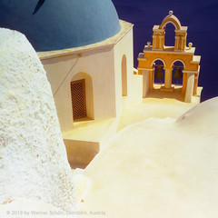 Church, Santorini, Greece (WernerSchoen) Tags: santorini greece church kirche kuppel meer europe griechenland 6x6 analog film thira yashica architecture architektur sky blue yellow orange