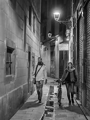 Callejeando (vitometodio) Tags: callejeando noche night gothicquarter bici bike streetphoto nightphotography streetphotography bnw bnwcity olympus leicapanasonic25mm urbanphotography fotografiaurbana streetshots street fotodecalle bnwuniverse streetphotobw calle bcn bnwlife blancoynegro urbanstreet blackandwhite blackandwhitephotography vitometodio olympusomdem5markii panasonicleica25mmf14summilux