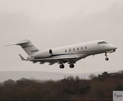 Challenger 300 N184BK taking off at MAN/EGCC (AviationEagle32) Tags: manchester man manchesterairport manchesteravp manchesterairportatc manchesterairportt1 manchesterairportt2 manchesterairportt3 manchesterairportviewingpark egcc ringway ringwayairport unitedkingdom runwayvisitorpark runway23r uk airport aircraft airplanes apron aviation aeroplanes avp aviationphotography avgeek aviationlovers aviationgeek aeroplane airplane planespotting planes plane flying flickraviation flight vehicle tarmac bombardier bombardieraerospace bombardierchallenger300 challenger300 n184bk bizjet businessjet vip privatejet