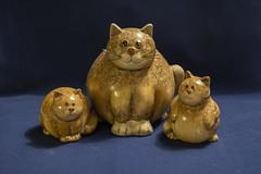 Cat Family (Rudi Pauwels) Tags: 2019onephotoeachday cats terracotta catfamily wellfedcats