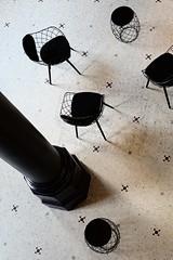 Musée des Beaux-Arts de Reims (just.Luc) Tags: chaises stoelen seats chairs grandest marne reims champagneardennes museum museo musée museet museu france frankrijk frankreich francia frança monochrome monochroom monotone