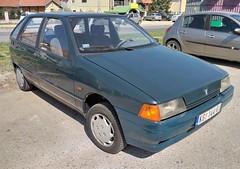 1996 Yugo Florida 1.4 (FromKG) Tags: yugo florida 14 zastava green car kragujevac serbia 2019