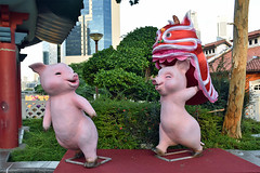Chinese New Year Decorations (chooyutshing) Tags: lanternpig decorations display chinesenewyear2019 lunarnewyear yearofthepig attractions celebrations gardenbridge chinatown singapore