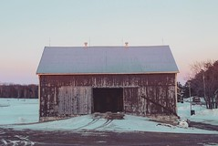 (jessalynn_sammons) Tags: canoncanada shotoncanon canon texture pinksky light pinklight farm oldbarn twilight evening sunset barn