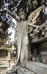 Sepultura Pere Llibre (Fernando Two Two) Tags: montjuic sepultura sepulcre estatua statue cementiri cementerio cemetery bcn barcelona funerary