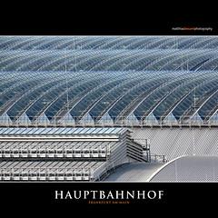 HAUPTBAHNHOF (Matthias Besant) Tags: frankfurt frankfurtammain matthiasbesant matthiasbesantphotography historisch alt bahnhof gebäude bahnhofsgebäude dach glasdach städtebau zentrum architektur glas stahl