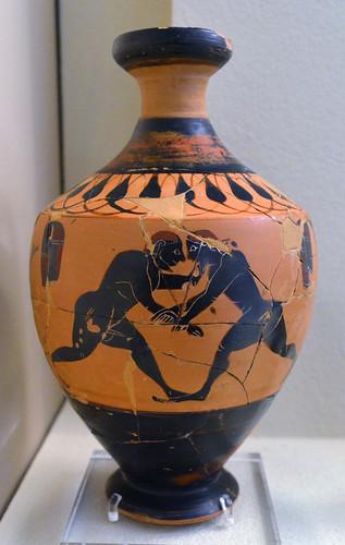 Athenian Black Figure lekythos by the Amasis Painter representing wrestlers