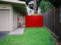 Mountain View, California (bior) Tags: pentax645nii pentax645 provia provia100f fujifilmprovia 6x45cm slidefilm mediumformat 120 mountainview house suburbs residential redgate gate fence grass lawn