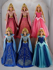 Disney Limited Edition Aurora 17 Inch Dolls - Complete Collection (drj1828) Tags: disneystore harrods disneyparks princess aurora sleepingbeauty pink blue gown doll collectible limitededition groupphoto complete collection 17inch deboxed