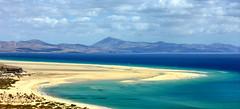 Playa Sotavento Fuerteventura (Wolfgang.W. ) Tags: riscoelpasoplayasotaventofuerteventura strand fuerteventura playabarca playasotavento kanaren windsurfing surfen sand wellen canaryislands canarias surfspot