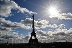 Paris-Torre Eiffel.. (JCMCalle) Tags: ciudad jcmcalle image photohoot fhotografy photofrapher nofilter naturephotography nofilters paris torre eiffel cielo arquitectura francia