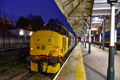 37407 + 37403 - Norwich - 02/02/19. (TRphotography04) Tags: br large logo drs 37407 37403 isle mull stand norwich next work 2p32 1736 great yarmouth