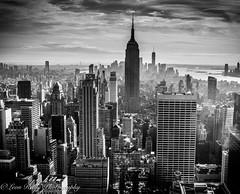 New York City Skyline (broadswordcallingdannyboy) Tags: mono bw city manhattan nyc ny newyork eos7d leonreillyphotography leonreilly copyright donotcopy mood atmosphere winter newyorkcity newyorkcitywinter february2019 usa eastcoast americafuckyeah america bwcity light skyscraper skyline rockefeller empirestatebuilding empirestate newyorkminute newyorkstateofmind newyorkmono nycinbw newyorkskyline nycskyline cityscape newyorkcityskyline
