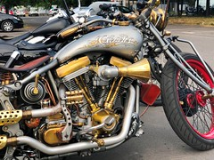 2018-07-07 iP JB 18663#coht20s30 Motopolis (cosplay shooter) Tags: x201903 300x prag prague praha harley harleydavidson 115th moto motorrad motorcycle motorbike bike