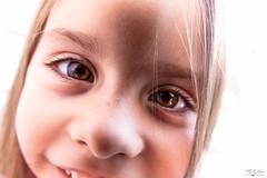 Close Up (MeKAiles Photographie) Tags: rx10m3 rx rx10 rx10iii childrens portrait portraits enfant enfants child childs closeup close bridge mekailes human girl little petite fille gros plan near kid kids 1sensor 1