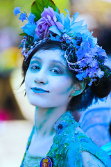 Water Fairy (wyojones) Tags: texas texasrenaissancefestival toddmission texasrenfest renfest renfaire renaissancefaire faire renaissancefestival festival trf beauty girl woman fairy waterfairy beautiful pretty lovely gorgeous cute brunette blueeyes bluelips flowers blueflowers bluefairy blueskin look expression fetching