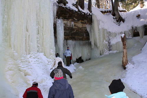 Dog Sledding & Ice Caves of Northern Michigan, March 2019