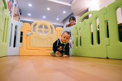 DSCF1156 (Brian HCH) Tags: xt1 fujifilm brianhuang 小黃金 寶寶 寶貝兒子 baby dd golden 鞋子 亞瑟士 asics suku2 first
