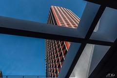 Paris_1018-153-2 (Mich.Ka) Tags: beaugrenelle novotel paris architecture building bâtiment color couleur graphic graphique géométrique hotel ligne line urbain îledefrance