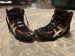 Red P2s size 10 toe flaw shoe gooed sole (sneakerz2017) Tags: p2 asicsp2 asics wrestlingshoes