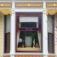 busy window (msdonnalee) Tags: windowdetail window janela ventana fenster finestra fenêtre baywindow stainedglass house haus dom casa maison
