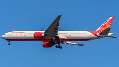 VT-ALT (gankp) Tags: washingtondullesinternationalairport arrivals airplanespotting planes