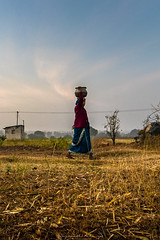 Save Water, Save mother Earth (acharya_mr) Tags: fields hay village indianvillage indianwomen canon save earth savewater home