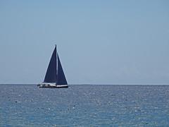 Voilier sur l'océan (Jean-Marc Linder) Tags: voilier bateau océan minimalisme bleu fuerteventura
