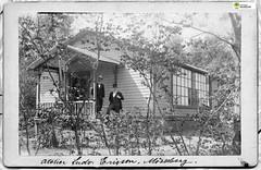 tm_11058 (Tidaholms Museum) Tags: svartvit positiv vykort postcard bostadshus building exteriör exterior 1880talet 1890talet