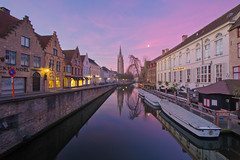 Sunrise over Bruges (chris lazzery) Tags: belgium sunrise bruges